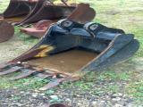 Deere 24 Inch Backhoe Bucket Attachment